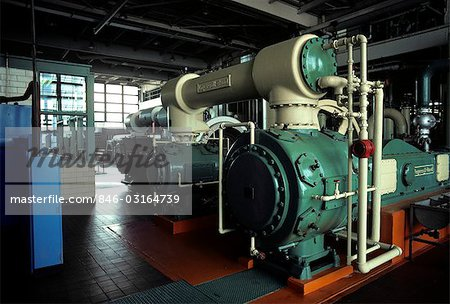 1970s INTERIOR AUTOMOBILE PLANT LARGE MACHINERY Stock Photo - Rights-Managed, Image code: 846-03164739