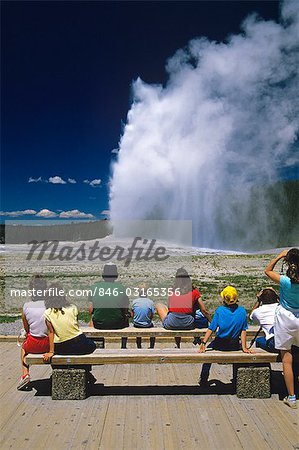 YELLOWSTONE NP WY OLD FAITHFUL GEYSER Stock Photo - Rights-Managed, Image code: 846-03165356