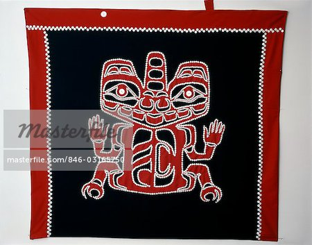 HAIDA BUTTON BLANKET GRIZZLY BEAR DESIGN ADAPTED FROM 19TH CENTURY HAIDA TUNIC BRITISH COLUMBIA CANADA