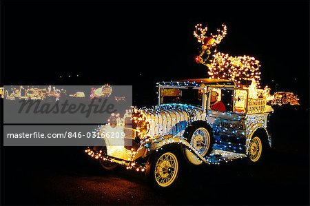 ANTIQUE CAR DECORATED CHRISTMAS LIGHTS WINTER FESTIVAL LIGHTED TRUCK PARADE MYRTLE CREEK, OR