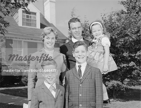 1960s FAMILY PORTRAIT FATHER MOTHER TWO SONS AND DAUGHTER IN FRONT OF SUBURBAN HOUSE Stock Photo - Rights-Managed, Image code: 846-05646477