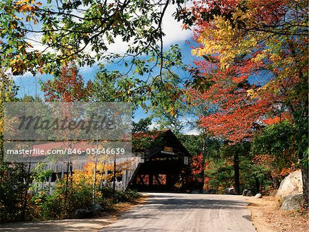 AUTUMN SCENE SWIFT RIVER ALBANY NEW HAMPSHIRE Stock Photo - Rights-Managed, Image code: 846-05646639