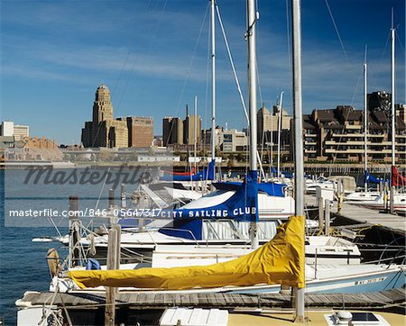 1990s SKYLINE FROM THE ERIE BASIN MARINA BUFFALO NEW YORK STATE USA Stock Photo - Rights-Managed, Image code: 846-05647317