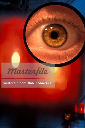 EYE IN CROSSHAIRS OF GUN SCOPE Stock Photo - Rights-Managed, Image code: 846-05647471