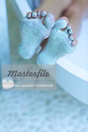 Feet being pampered Stock Photo - Rights-Managed, Image code: 847-03862818