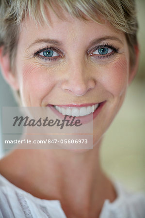Portrait shot of short haired woman Stock Photo - Rights-Managed, Image code: 847-05606973