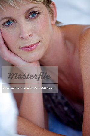 Close up beauty shot of mature woman Stock Photo - Rights-Managed, Image code: 847-05606993