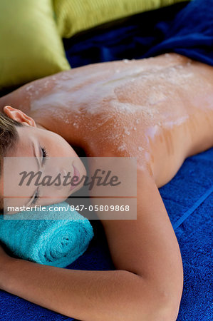Beautiful girl with exfoliating scrub on her back Stock Photo - Rights-Managed, Image code: 847-05809868