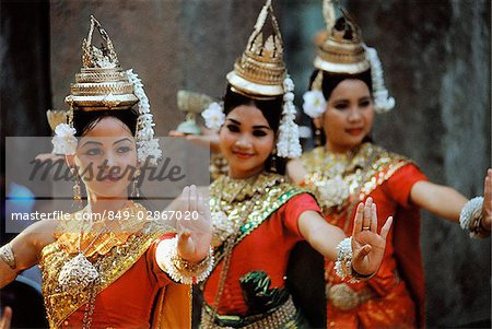 Cambodia, Siem Reap, Dancers at the temples of Angkor Stock Photo - Rights-Managed, Image code: 849-02867020