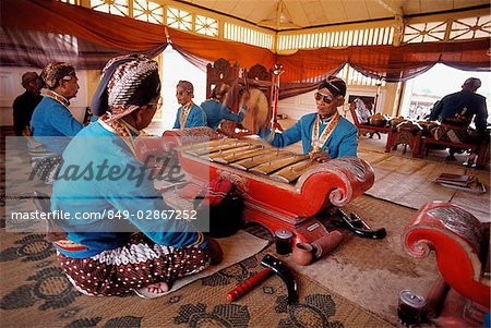 Indonesia, Yogyakarta, Sekaten Festival, Gamelan players at Sultan's mosque (Mesjid Agung). Stock Photo - Rights-Managed, Image code: 849-02867252