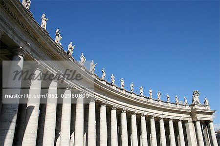 Statues of saints,Piazza San Pietro,The Vatican City,Rome,Italy Stock Photo - Rights-Managed, Image code: 851-02960809