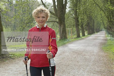 Mature woman doing workout Stock Photo - Rights-Managed, Image code: 853-06441282