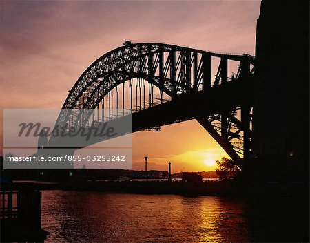 Sydney harbour bridge at dusk, Sydney, Australia