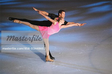 Figure Skaters doing Camel Spin Stock Photo - Rights-Managed, Image code: 858-03448602