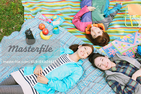 Girls camping Stock Photo - Rights-Managed, Image code: 859-06824617
