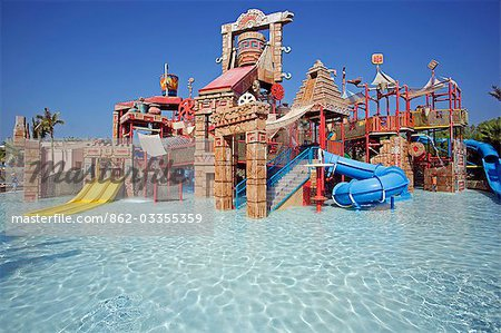 United Arab Emirates,Dubai,The Atlantis Palm Hotel. The 'Splashers Children Play Area' of Aquaventures Water Park. Stock Photo - Rights-Managed, Image code: 862-03355359