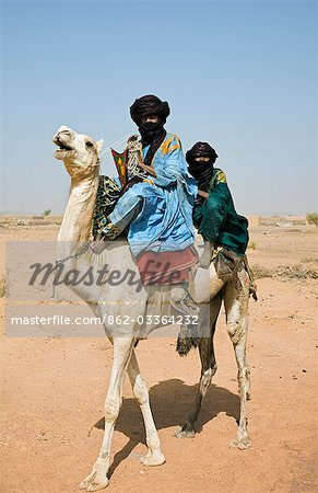Mali,Timbuktu. Tuareg camel riders near Timbuktu. Stock Photo - Rights-Managed, Image code: 862-03364232