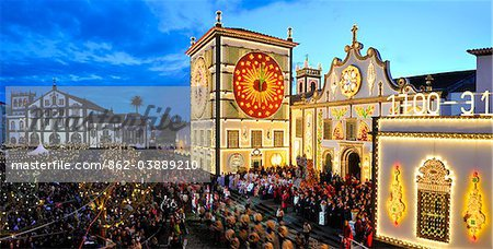 The main church and the procession of the Holy Christ festivities at Ponta Delgada in twilight. Sao Miguel, Azores islands, Portugal Stock Photo - Rights-Managed, Image code: 862-03889210