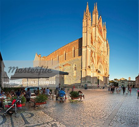 Italy, Umbria, Terni district, Orvieto,  Cathedral in Piazza Duomo. Stock Photo - Rights-Managed, Image code: 862-05998132