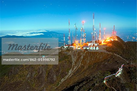 Central America, Panama, Chiriqui province, Volcan Baru National Park; telcom towers on summit of Volcan Baru, (3478m), highest point in Panama, Volcan Baru National Park Stock Photo - Rights-Managed, Image code: 862-05998792