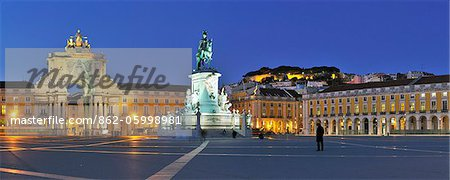 Terreiro do Paco at twilight. One of the centers of the historical city. Lisbon, Portugal Stock Photo - Rights-Managed, Image code: 862-05998981