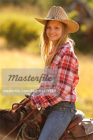 Tourist girl from Switzerland at Wilson Ranch, Guest Ranch and B&B, Fossil, Oregon, USA Stock Photo - Rights-Managed, Image code: 862-06677559