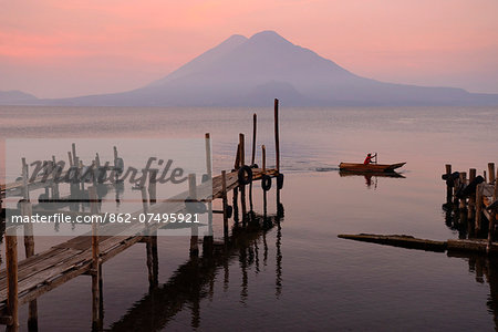 Lago de Atitlan at Panajachel with Volcan Toliman in the background, Guatemala, Central America Stock Photo - Rights-Managed, Image code: 862-07495921