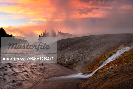 USA, Wyoming, Rockies, Rocky Mountains,Yellowstone, National Park, UNESCO, World Heritage, Firehole river at dawn at Midway Geyser Basin Stock Photo - Rights-Managed, Image code: 862-08091567