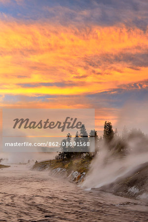 USA, Wyoming, Rockies, Rocky Mountains,Yellowstone, National Park, UNESCO, World Heritage, Firehole river at dawn at Midway Geyser Basin Stock Photo - Rights-Managed, Image code: 862-08091568