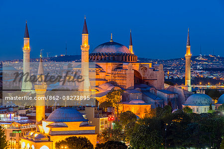 Night top view over Hagia Sophia, Sultanahmet, Istanbul, Turkey Stock Photo - Rights-Managed, Image code: 862-08273895