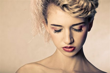 beauty shot of young blond fashion model. Stock Photo - Budget Royalty-Free & Subscription, Code: 400-04387804