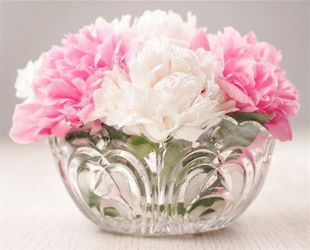 peonies background - Vase of beautiful peony flowers Stock Photo - Budget Royalty-Free & Subscription, Code: 400-04406237