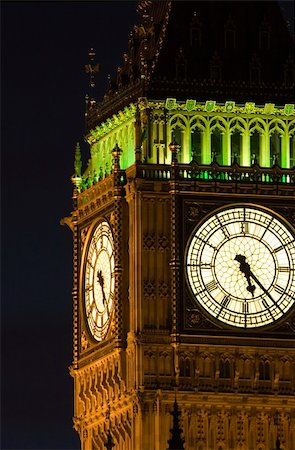 The Houses of Parliament and Big Ben in London at night. Stock Photo - Budget Royalty-Free & Subscription, Code: 400-04433435