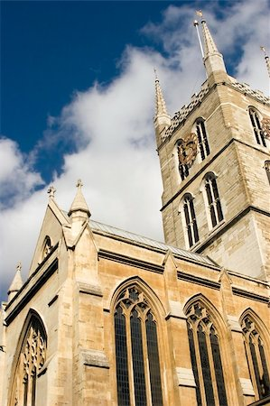 A view of Southwark Cathedral from Borough Market in London Stock Photo - Budget Royalty-Free & Subscription, Code: 400-04433440