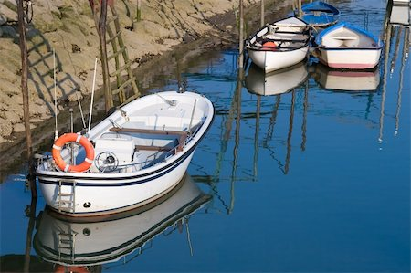 Boats in Orio´s river, Gipuzkoa (Spain) Stock Photo - Budget Royalty-Free & Subscription, Code: 400-04581014
