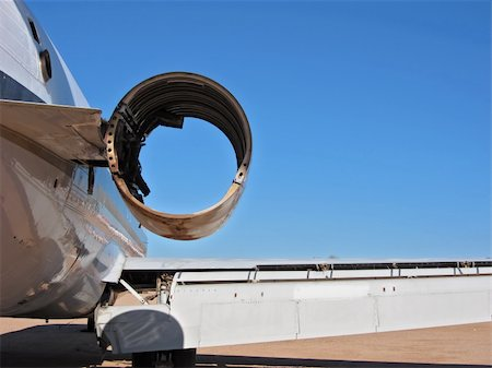 A missing aircraft engine shown from the rear Stock Photo - Budget Royalty-Free & Subscription, Code: 400-04760876