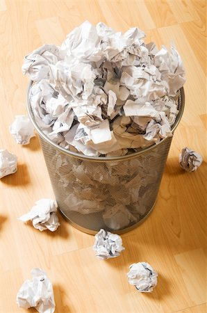 Garbage bin with paper waste isolated on white Stock Photo - Budget Royalty-Free & Subscription, Code: 400-04851065