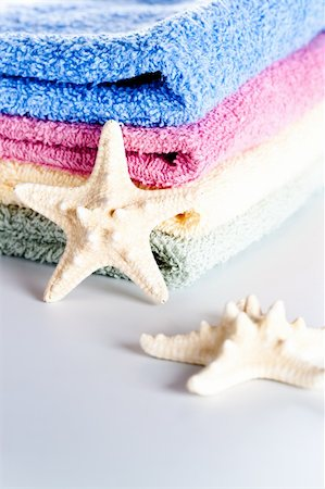 simsearch:400-04638538,k - colorful towels and sea stars closeup Stock Photo - Budget Royalty-Free & Subscription, Code: 400-04853400