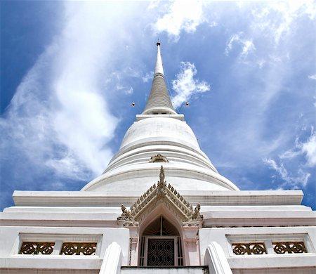 White Pagoda from Pathumwanaram temple in bangkok. Stock Photo - Budget Royalty-Free & Subscription, Code: 400-04924312