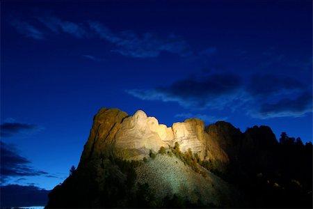 south dakota black hills national forest - Mount Rushmore National Memorial illuminated under the twilight sky - South Dakota. Stock Photo - Budget Royalty-Free & Subscription, Code: 400-04925099
