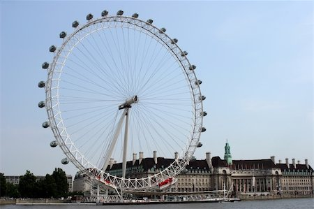 The London Eye Ferris wheel on the River Thames, London. Stock Photo - Budget Royalty-Free & Subscription, Code: 400-04942027