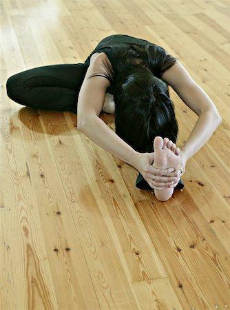 feet gymnast - gymnastics, acrobatics Stock Photo - Budget Royalty-Free & Subscription, Code: 400-04975903