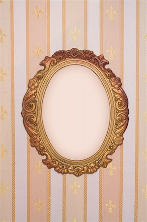 Oval frame with copy-space on vintage wallpaper Stock Photo - Budget Royalty-Free & Subscription, Code: 400-05077687