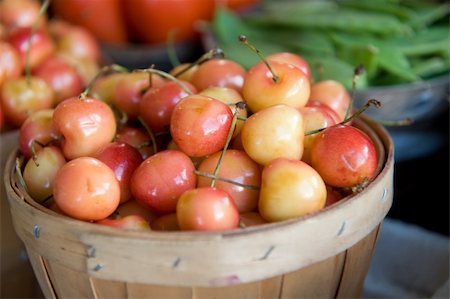 An image of bushels filled with fresh Mt. Rainier cherries Stock Photo - Budget Royalty-Free & Subscription, Code: 400-05079851