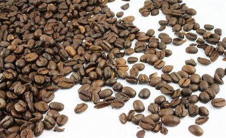 pokerman (artist) - Coffee Beans spread on a white background Stock Photo - Budget Royalty-Free & Subscription, Code: 400-05108365