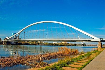puentes - A view of Puente de la Barqueta in Sevilla, Spain Stock Photo - Budget Royalty-Free & Subscription, Code: 400-05227980