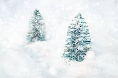 sparks with white background - Two Christmas tree ornaments  in the forest Stock Photo - Budget Royalty-Free & Subscription, Code: 400-05382601