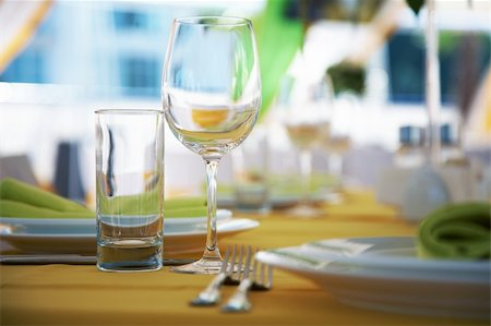 Empty glasses on a table in restaurant Stock Photo - Budget Royalty-Free & Subscription, Code: 400-05687118