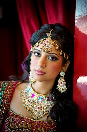 Image of a beautiful Indian bride traditionally attired Stock Photo - Budget Royalty-Free & Subscription, Code: 400-05697284
