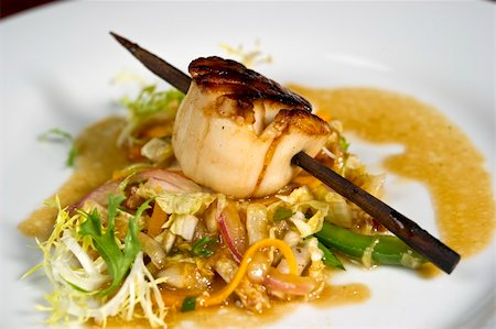 Image of a beautifully prepared gourmet scallop dish Stock Photo - Budget Royalty-Free & Subscription, Code: 400-05697293
